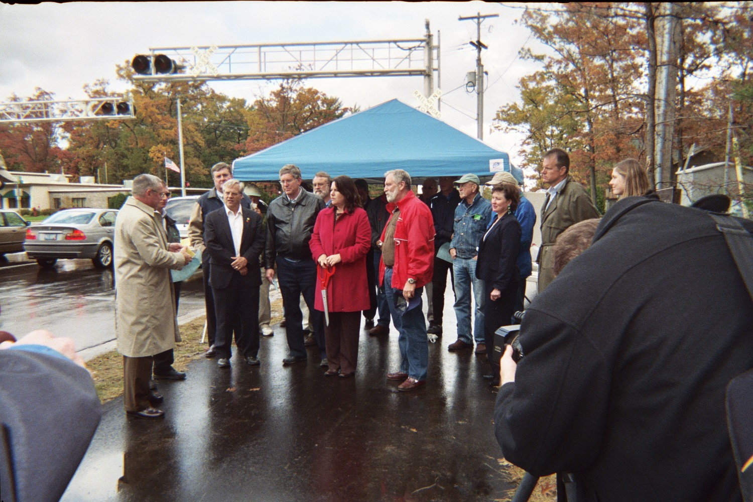 Ribbon cutting of the trail extension from 2006